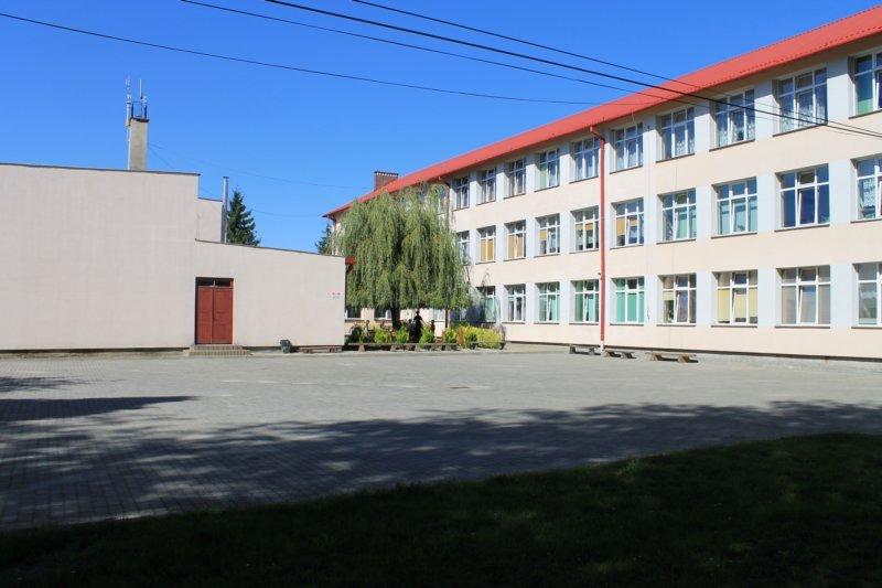 budynekszkoy2