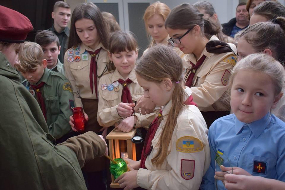 Betlejemskie Światło pokoju na Ukrainie
